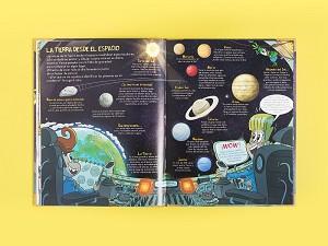 Julio y Verne descubren el espacio exterior