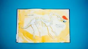La nena i el dinosaure